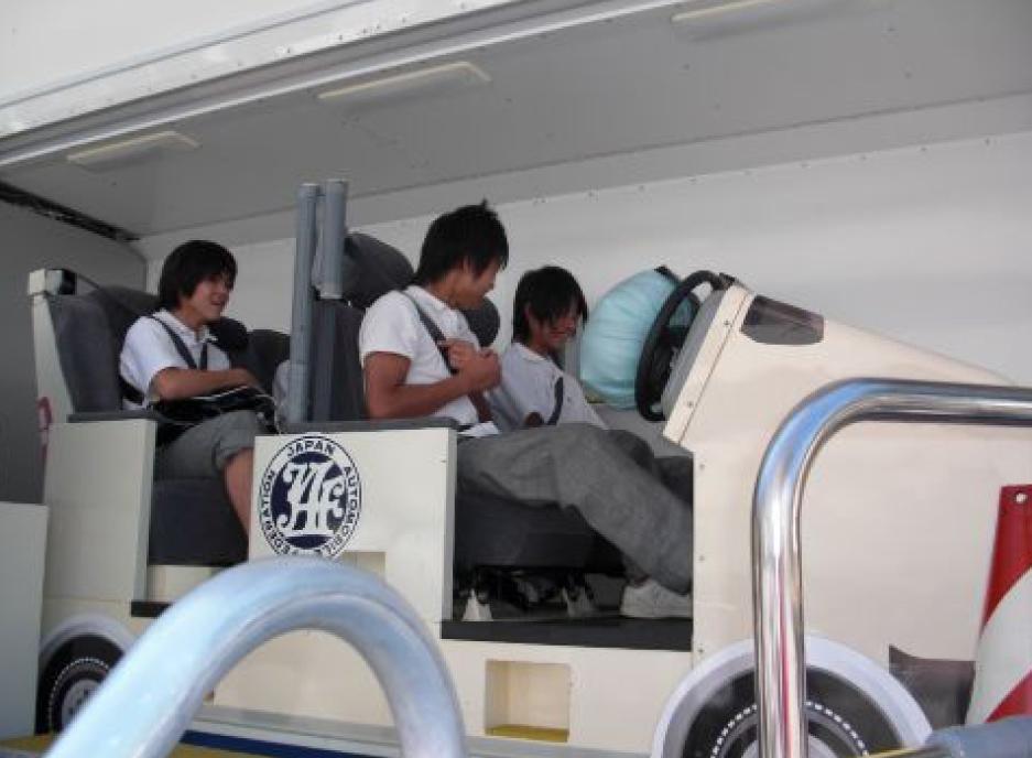 シートベルトコンビンサー